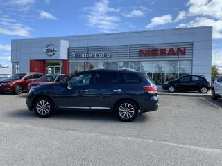 Used 2015 Nissan Pathfinder SL V6 4x4 at for sale in Smiths Falls, ON