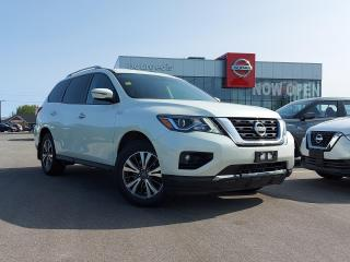 Used 2017 Nissan Pathfinder HEATED SEATS, REVERSE CAMERA for sale in Midland, ON