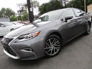 Used 2017 Lexus ES 350 ES 350|NAVIGATION|POWER MOONROOF|18,000KMS ONLY for sale in Burlington, ON