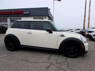 Used 2013 MINI Cooper BAKER STREET 6 SPD MANUAL BLUETOOTH CERTIFIED for sale in Milton, ON