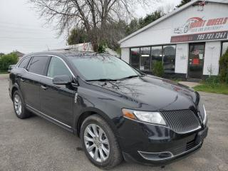 Used 2015 Lincoln MKT Base for sale in Barrie, ON