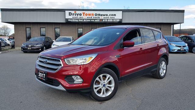 2017 Ford Escape SE **BACK-UP CAMERA**HEATED SEATS**