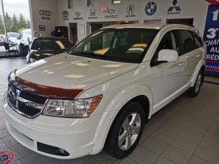 Used 2010 Dodge Journey SXT / FWD / 7 PASSAGERS /  SIÈGE CHAUFFA for sale in Sherbrooke, QC