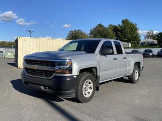 Used 2017 Chevrolet Silverado 1500 4x4 ** V8 4.3L ** for sale in Victoriaville, QC