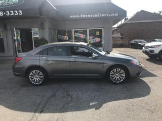Used 2012 Chrysler 200 Limited for sale in Mississauga, ON