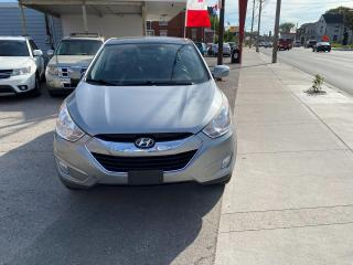Used 2010 Hyundai Tucson Limited w/Nav for sale in London, ON