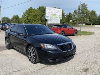 Used 2012 Chrysler 200 S for sale in Komoka, ON