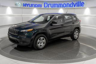 Used 2014 Jeep Cherokee SPORT  + GARANTIE + CAMERA + A/C + WOW ! for sale in Drummondville, QC