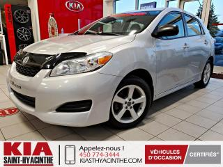 Used 2014 Toyota Matrix GR ELECTRIQUE + A/C for sale in St-Hyacinthe, QC