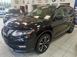 Used 2017 Nissan Rogue PLATINUM/SL / AWD / TOIT PANORAMIQUE / C for sale in Sherbrooke, QC