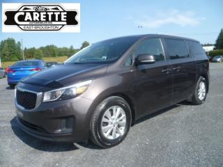 Used 2017 Kia Sedona Lx+  8 passagers for sale in East broughton, QC