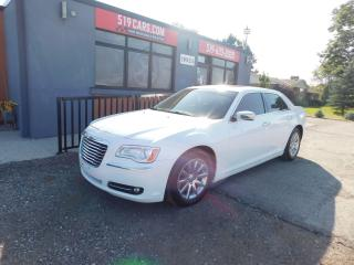 Used 2013 Chrysler 300 300C|LEATHER|NAVI|PANO ROOF|BACKUP CAMERA for sale in St. Thomas, ON