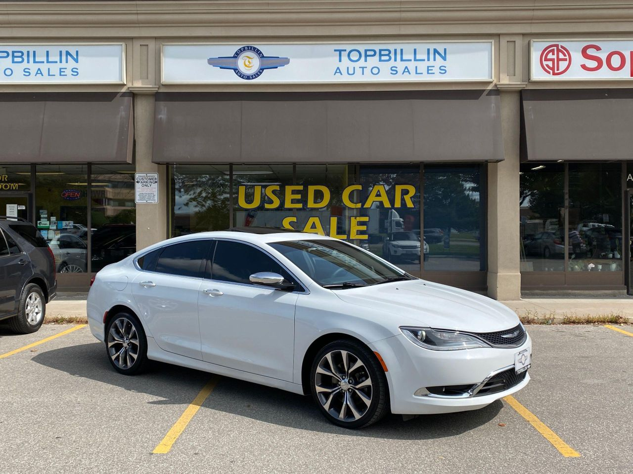 2016 Chrysler 200 C Navi, Pano Roof, Leather & more