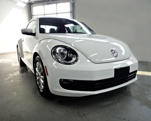 2015 Volkswagen Beetle MINT CONDITION,NO ACCIDENT