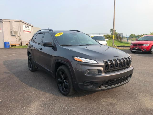 2016 Jeep Cherokee 4X4*BACKUP CAM*HEATED SEATS & STEERING