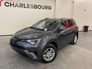 Used 2017 Toyota RAV4 LE - AWD - Automatique for sale in Québec, QC