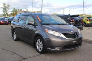 Used 2012 Toyota Sienna LE 7 PASSAGERS ROUES D'ALLIAGES*AIR CLIM for sale in Lévis, QC