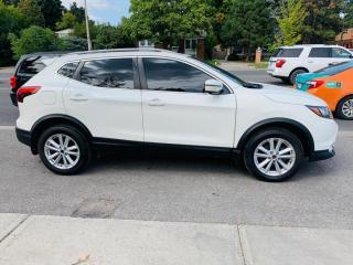 Used 2018 Nissan Qashqai SL AWD Leather, Sunroof, Fully Loaded! for sale in Toronto, ON