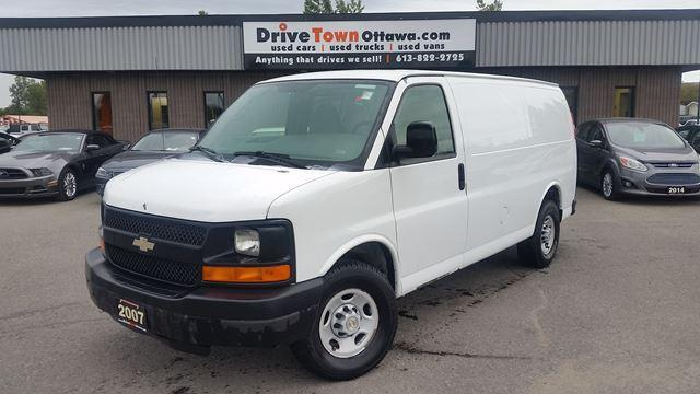 2007 Chevrolet Express 1500 ONLY 74000 KMS.  PARTITION IN BACK.  ALARM