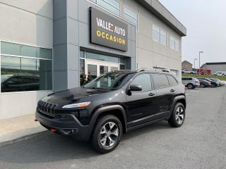 Used 2016 Jeep Cherokee 4WD 4dr Trailhawk for sale in St-Georges, QC