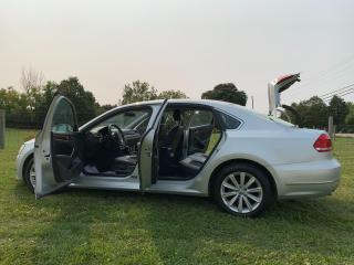 Used 2012 Volkswagen Passat 2.5L Auto Highline for sale in Guelph, ON
