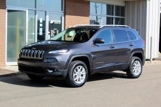 Used 2015 Jeep Cherokee North 4x4 - V6 - REVERSE CAM - PANO MOONROOF for sale in Saskatoon, SK