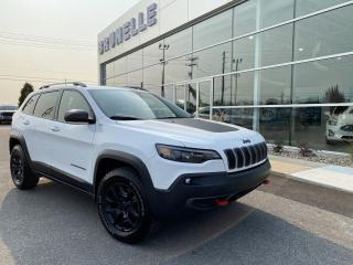Used 2019 Jeep Cherokee Trailhawk Elite 4x4 3,2L TOIT GPS for sale in St-Eustache, QC