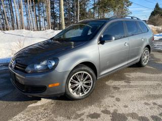 Used 2011 Volkswagen Golf Wagon Trendline for sale in Mirabel, QC