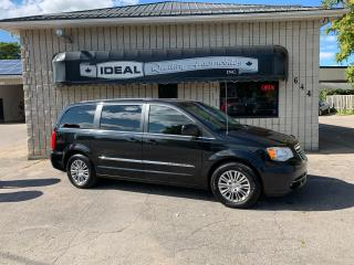 Used 2013 Chrysler Town & Country TOURING for sale in Mount Brydges, ON