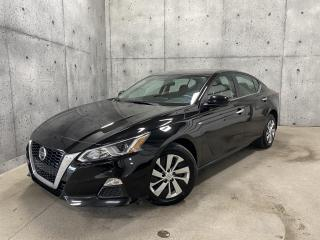 Used 2019 Nissan Altima 2.5 * AWD * CARPLAY ANDROID * SIEGES CHAUFFANT ET CAMERA DE RECUL for sale in St-Nicolas, QC