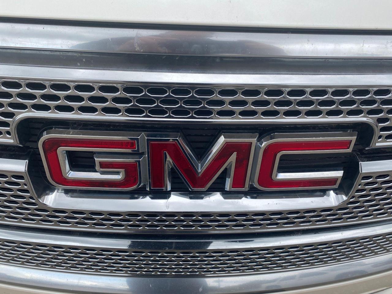 2014 GMC Acadia
