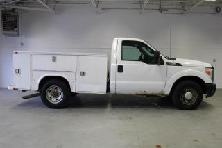 Used 2011 Ford F-250 S/D XLT Reg Cab for sale in London, ON