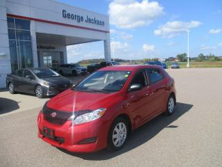 Used 2013 Toyota Matrix BASE for sale in Renfrew, ON