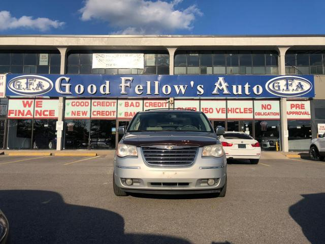 2008 Chrysler Town & Country LIMITED, LEATHER & CLOTH & HEATED SEATS, 7 PASS
