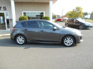Used 2012 Mazda MAZDA3 Voiture à hayon à 4 portes, boîte manuel for sale in Lévis, QC