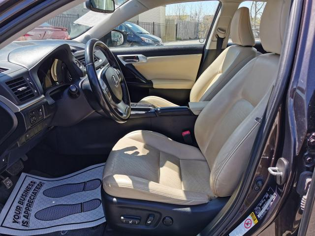 2013 Lexus CT 200h  Photo11