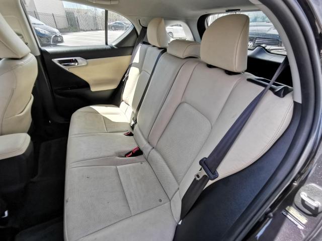 2013 Lexus CT 200h  Photo26