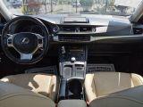 2013 Lexus CT 200h  Photo66