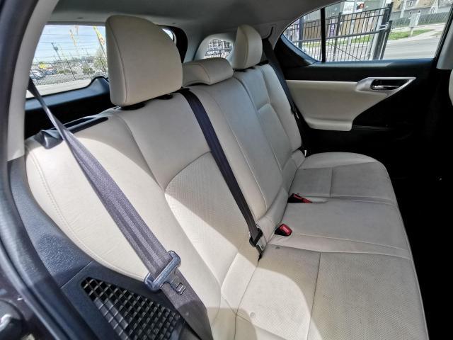 2013 Lexus CT 200h  Photo31