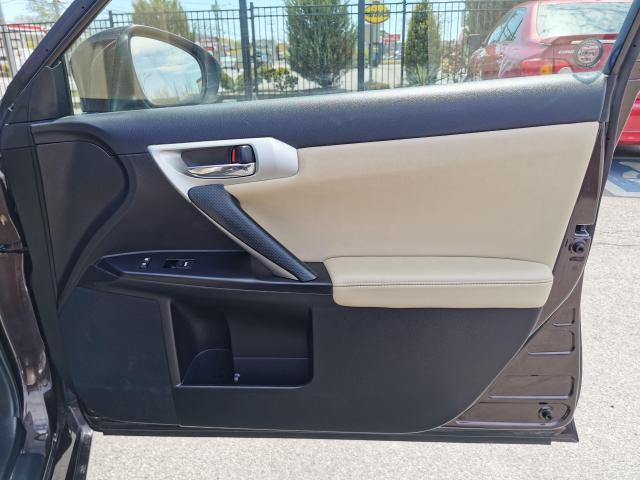 2013 Lexus CT 200h  Photo35