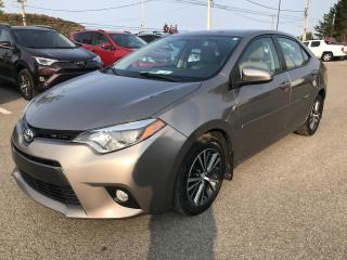 Used 2016 Toyota Corolla LE berline 4 portes CVT, toit for sale in Val-David, QC