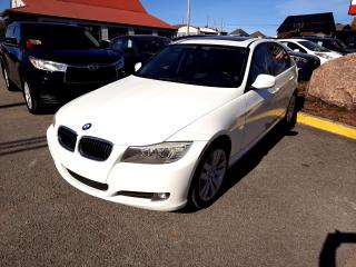 Used 2011 BMW 3 Series 4dr Sdn 323i, TOIT OUVRANT for sale in Beauport, QC