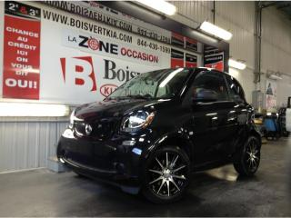 Used 2017 Smart fortwo SMART 2017 MAG CONDITION SHOWROOM NOIR !!! for sale in Blainville, QC