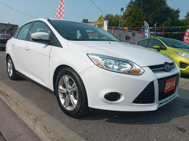 2014 Ford Focus SE-EXTRA CLEAN-ONLY 131K-BLUETOOTH-AUX-ALLOYS