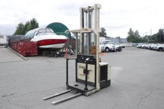 Used 1998 CROWN 30SP36TL Electric Order Picker Forklift for sale in Burnaby, BC