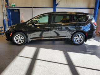 Used 2018 Chrysler Pacifica Touring-L Plus for sale in Moose Jaw, SK