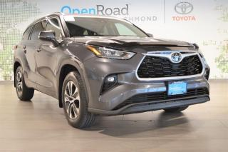 Used 2020 Toyota Highlander XLE AWD for sale in Richmond, BC