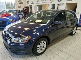 Used 2017 Volkswagen Golf TSI / TRENDLINE / MANUELLE / CAMERA / SI for sale in Sherbrooke, QC