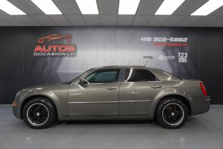 Used 2008 Chrysler 300 TOURING AUTO FULL ÉQUIPÉ MAGS SIÈGES 129 890 KM !! for sale in Lévis, QC