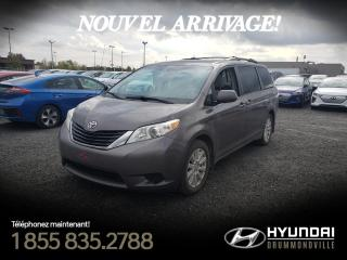 Used 2011 Toyota Sienna LE AWD + V6 + CAMERA + A/C + MAGS + WOW for sale in Drummondville, QC